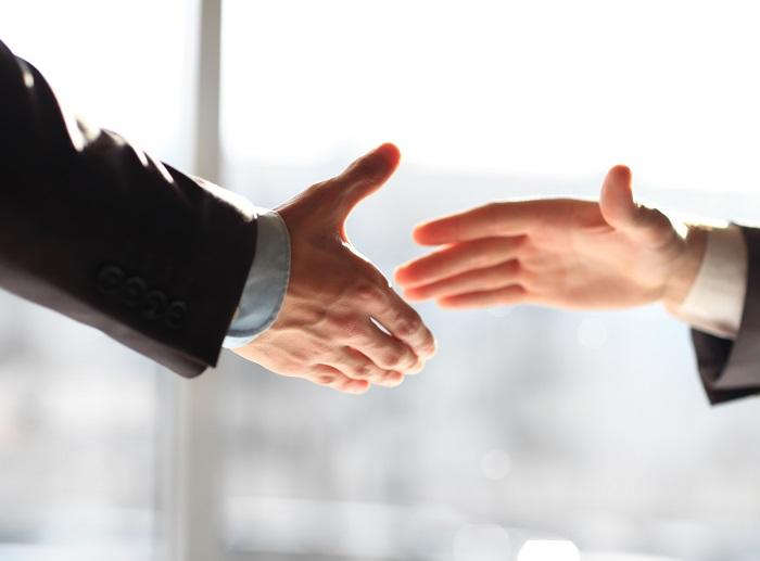 גישור פנים ארגוני - גישור בין מנהלים